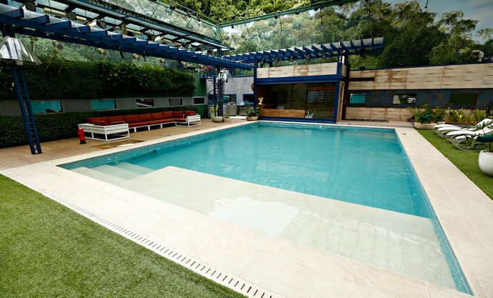Bella Brasil Decor-bbb16-decoracao-piscina-1